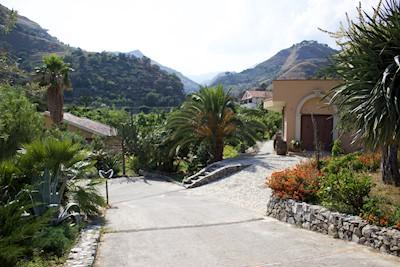 Cantine Bonfiglio, Messina Sicilia